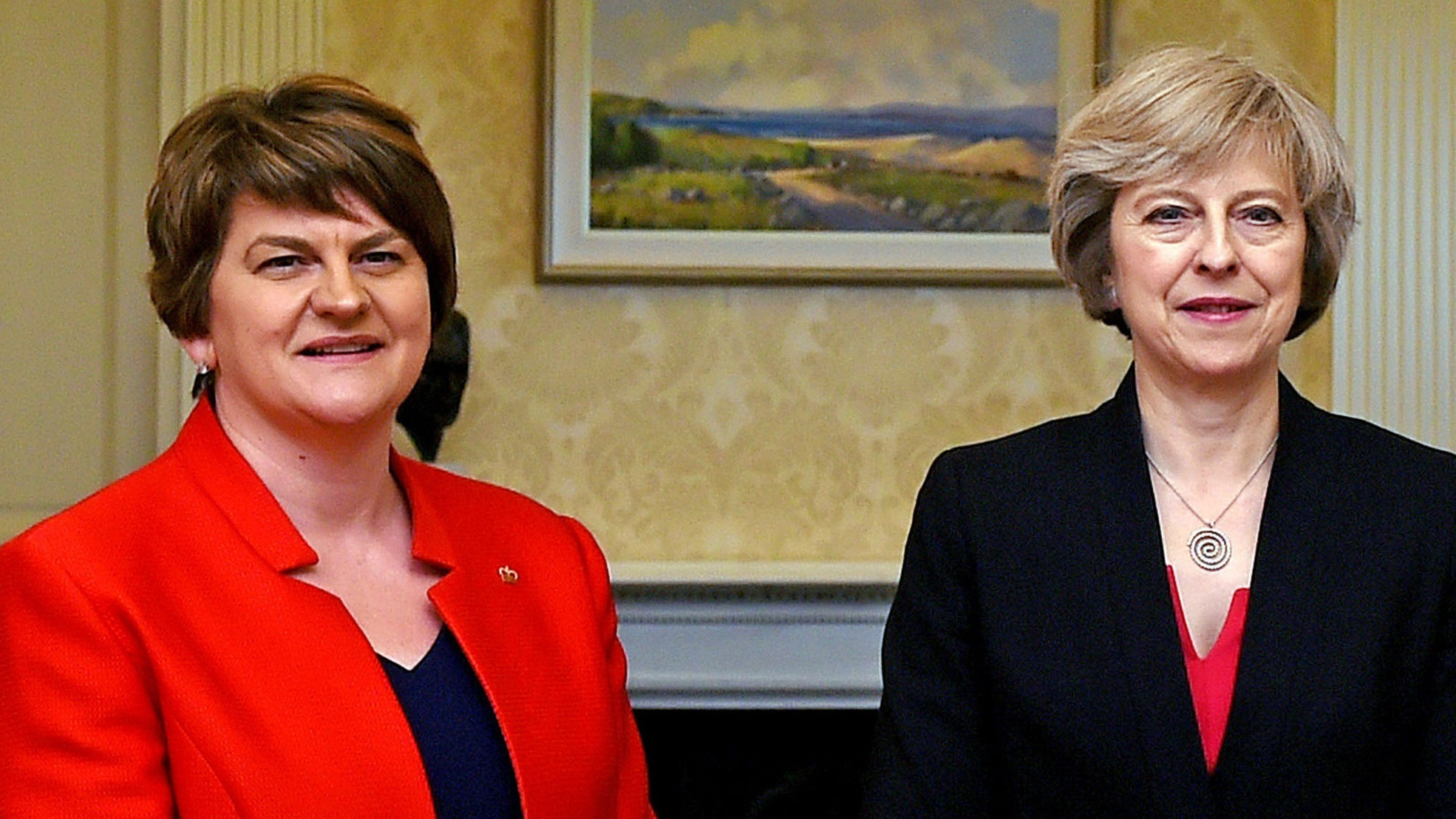 Cabinet briefed on plans for Government deal with DUP